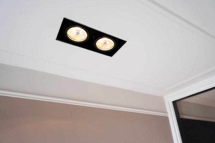 [] sierlijsten plafond inbouwspots